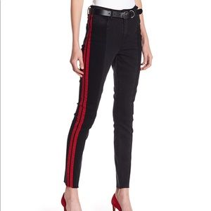 Romeo + Juliet Couture jeans